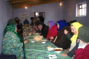Moldavia: Mensa popolare