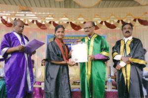 Fondo studi superiori e università